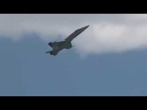 2013 Jones Beach Airshow - CF-18 Hornet Demonstration