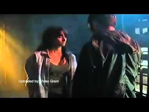 Adegan Ciuman Bibir Arifin Putra dan Salvita Decorte film Halfworlds