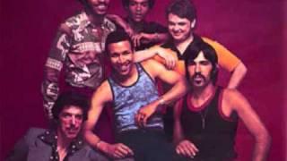 Lay It On Me - Heatwave (1976)