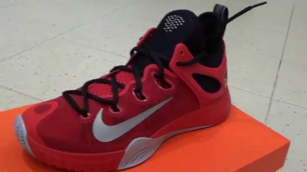 2015 Nike Red