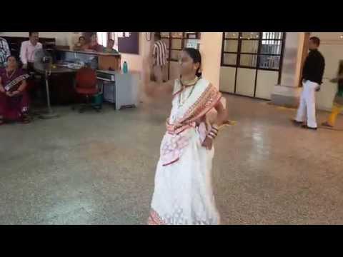 Sandhya S. Purav Working in BEST Undertaking (Colaba)