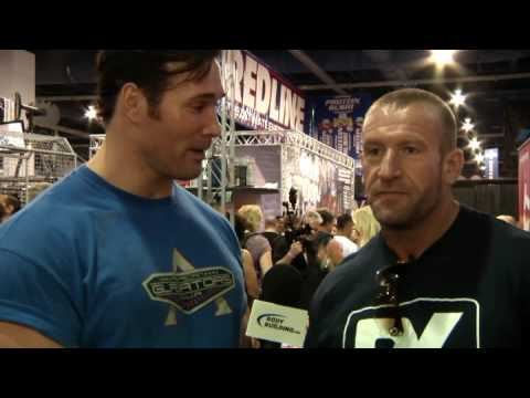 Mike O'Hearn interviews former Mr. Olympia Dorian Yates at the 2009 Mr.O Expo