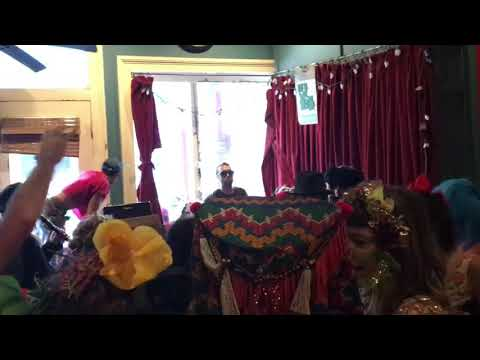 Tuba Skinny - Still I'm Travelin' On (Mardi Gras Edition)