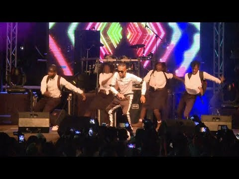 Innoss'B - Ozo beta mabe - Live Brazzaville & Kinshasa