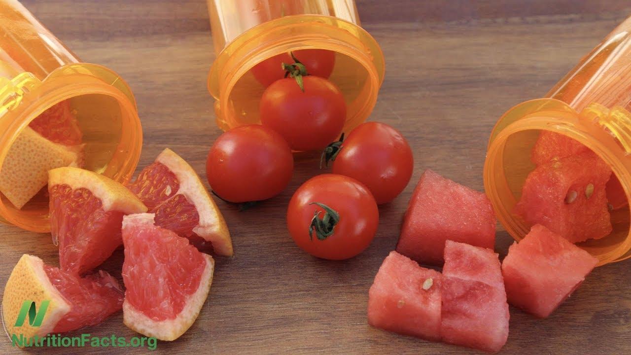 comer tomate es bueno para la prostata
