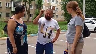 ''Обновление дворов'' - сотрудники УК ''ЖКХ'' проводят работы по благоустройству в посёлке Развилка