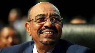 El presidente de Sudán burla al Tribunal Penal Internacional y abandona Sudáfrica