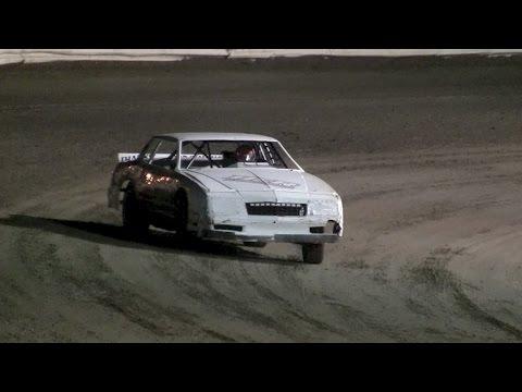 V8 Thunder Stocks Iron Man Round 6 - Volusia Speedway Park 12-10-16