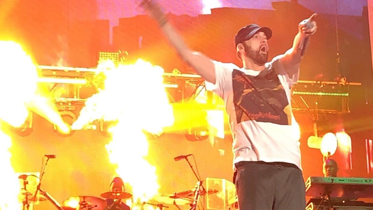 Eminem ft. Skylar Grey - The Monster (Live at Wellington, New Zealand, 03/02/2019, Rapture)