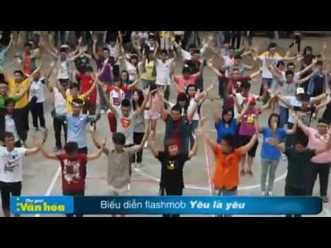 (NEWS) Cộng đồng thế giới thứ ba tưng bừng với flashmob Yêu Là Yêu