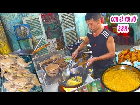 Chủ Quán Người Hoa chia sẻ bí quyết làm Cơm Gà Xối Mỡ ngon ở Sài Gòn