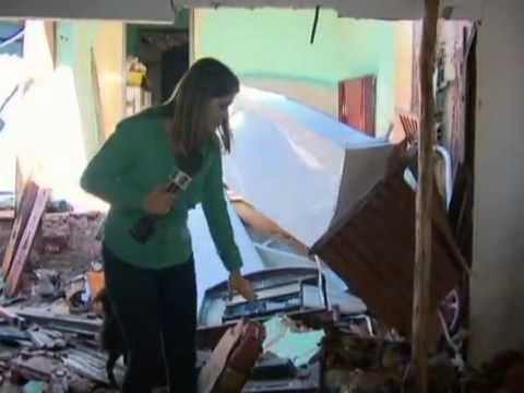 Após tempestade, Defesa Civil interdita três casas em São Sebastião