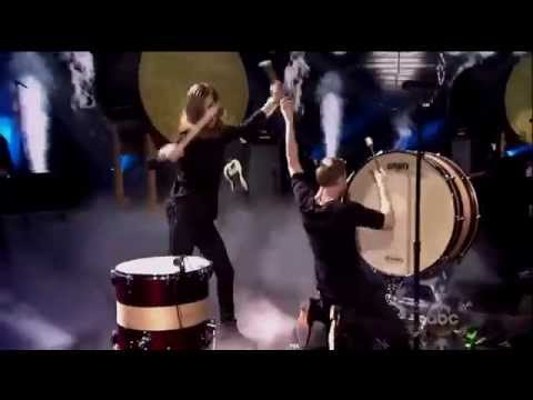 imagine-dragons---radioactive-drum-solo---guitar-solo-live-at-ama-american-music-awards