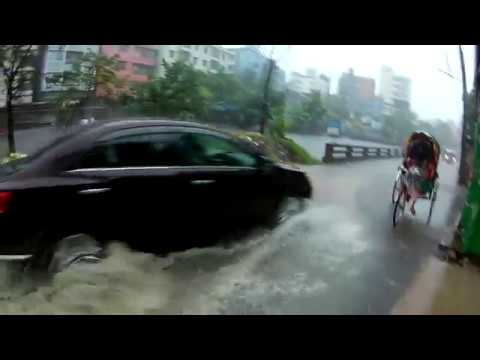 Going to office in a rainy morning | Mohammadpur | Dhaka | Bangladesh | 2017