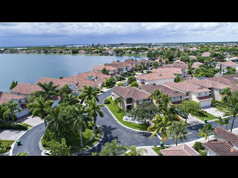 Video Tour 14747 SW 132nd CT - Three Lakes Home for Sale - Kendall - Miami - Florida