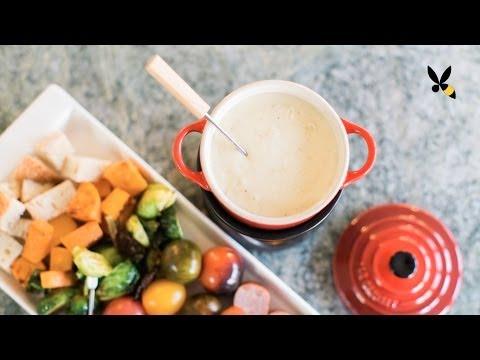 Cheese Fondue Recipe and Tips - HoneysuckleCatering