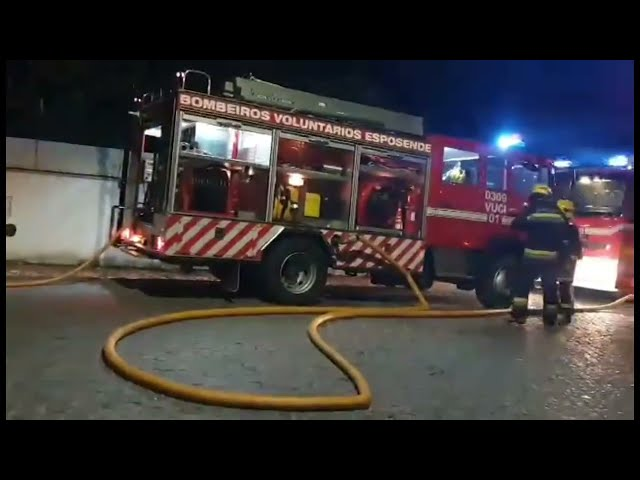 Incêndio destrói anexo em Vila Chã, concelho de Esposende
