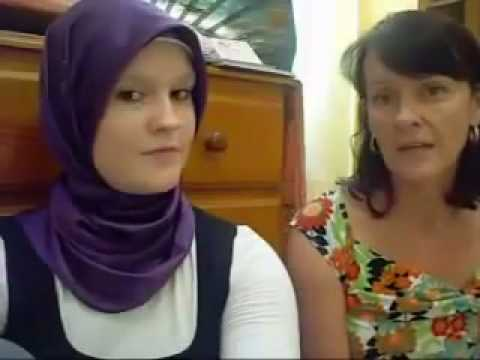 Interview of a mum to an australian convert to Islam.mp4.flv
