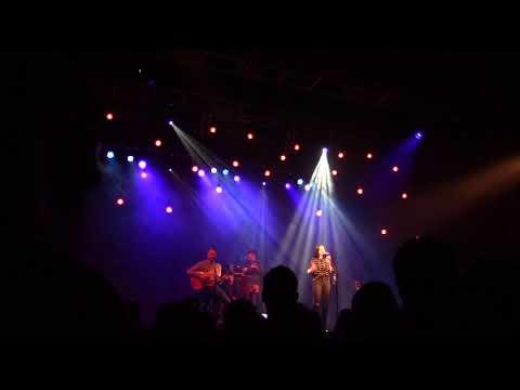 Amy Macdonald - 4th Of July (10.21.2017 Live @Le Trianon, Paris)