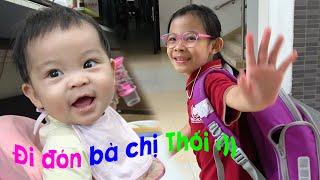 Đi Học Về - Em Quỳnh An Đi Đón Chị Tân An Nè 💎 AnAn ToysReview TV 💎
