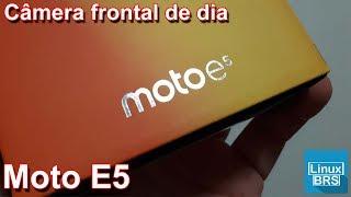 Motorola moto E5 - Câmera Frontal de Dia 1080p