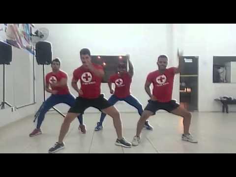 Coreografia - Chama o Bombeiro - Banda Abrakadabra