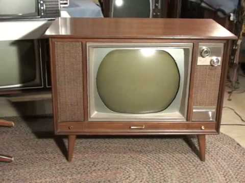 Watch A 1966 Zenith Roundie Color Tv Youtube