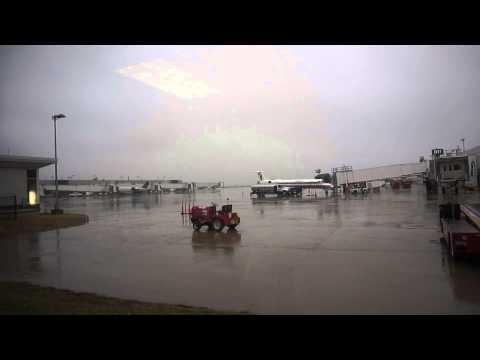 at Dayton International Airport on rainy afternoon (January 25th, 2015)