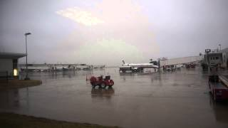 at Dayton International Airport on rainy afternoon (January 25th, 2015)