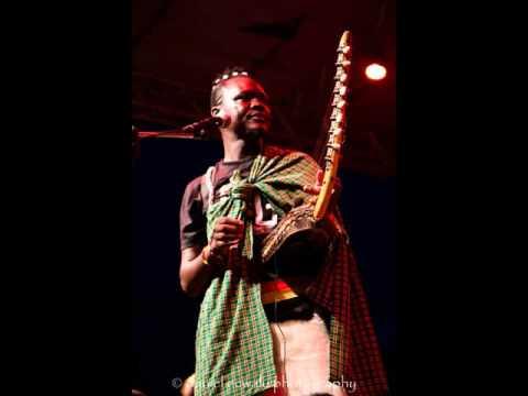 Music of Uganda : Adungu- Daniel Okiror