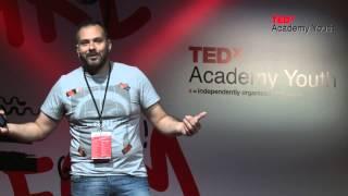 Πόσο αξίζει το βιογραφικό σου; | Μάκης Αντύπας | TEDxYouth@Academy