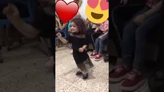 بنوتة ترقص ع اغنية شكلاتة  سكس الليدي