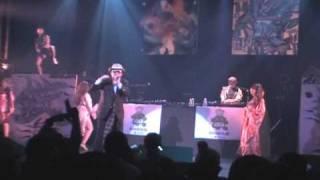 Shinnosk8 & Miffer & Erotica7 (エロチカ7) dance under DJ Y @ 川崎 club Citta' on 12/31/2007 鉄則.