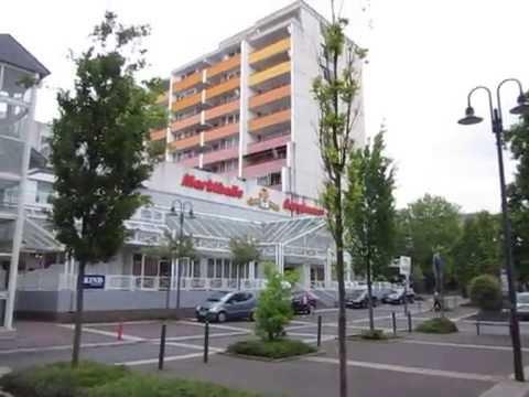paul-schmidt-hydraulic-glass-elevator-at-an-office-building-in-bergkamen