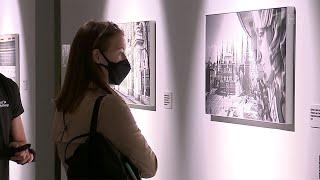 В Музее Москвы открылась выставка о городе в самые сложные дни пандемии.