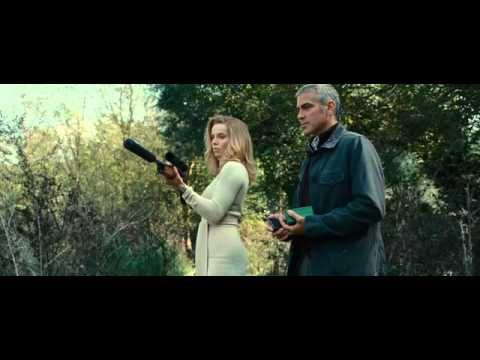 The American - Gun & Girl Scene