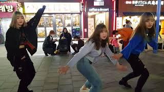 20200219 홍대 버스킹공연중 구경하던 관객 춤요청…