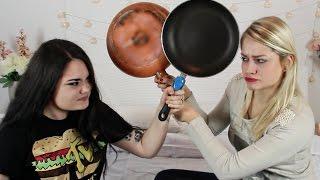 Guerra di frittate | AlicelikeAudrey feat Murielboom