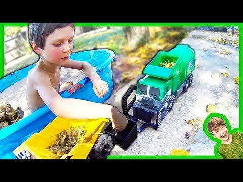 GARBAGE TRUCKS FOR CHILDREN IN THE SANDBOX