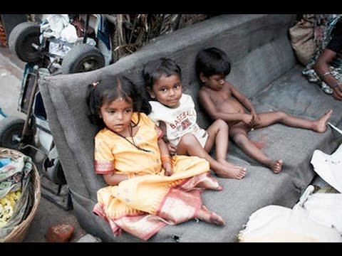 Kinder ernähren sich von Kot - Straßenkinder in Madagaskar Doku