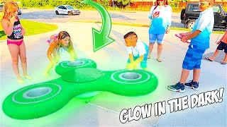 WORLD'S BIGGEST FIDGET SPINNER!! **MAGIC TRICKS**