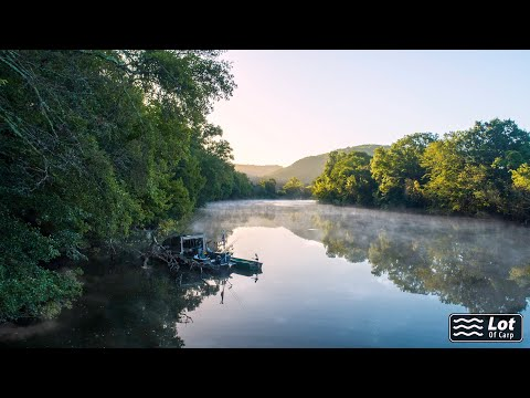 Drone Vide Of River The Lot, France - Lot Of Carp