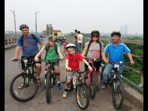 [Holidaytoindochina] Travel to Vietnam With Kids, Vietnam family Holidays with Children