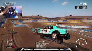 Getting Destructive online with Friends with wheels on wreckfest