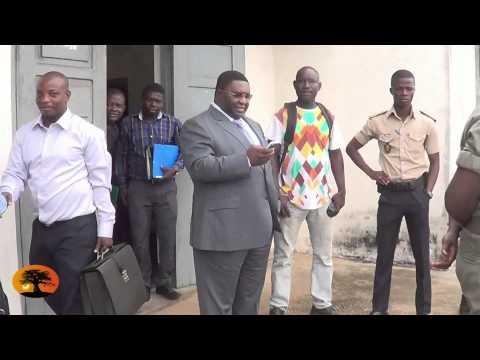 Arrivée de Pascal BODJONA  ce matin au palais de la justice.