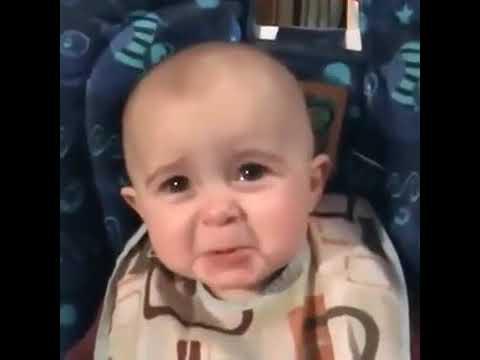 Cute Baby Crying...... Banda Rove Na ta  Hor Ki Kre........