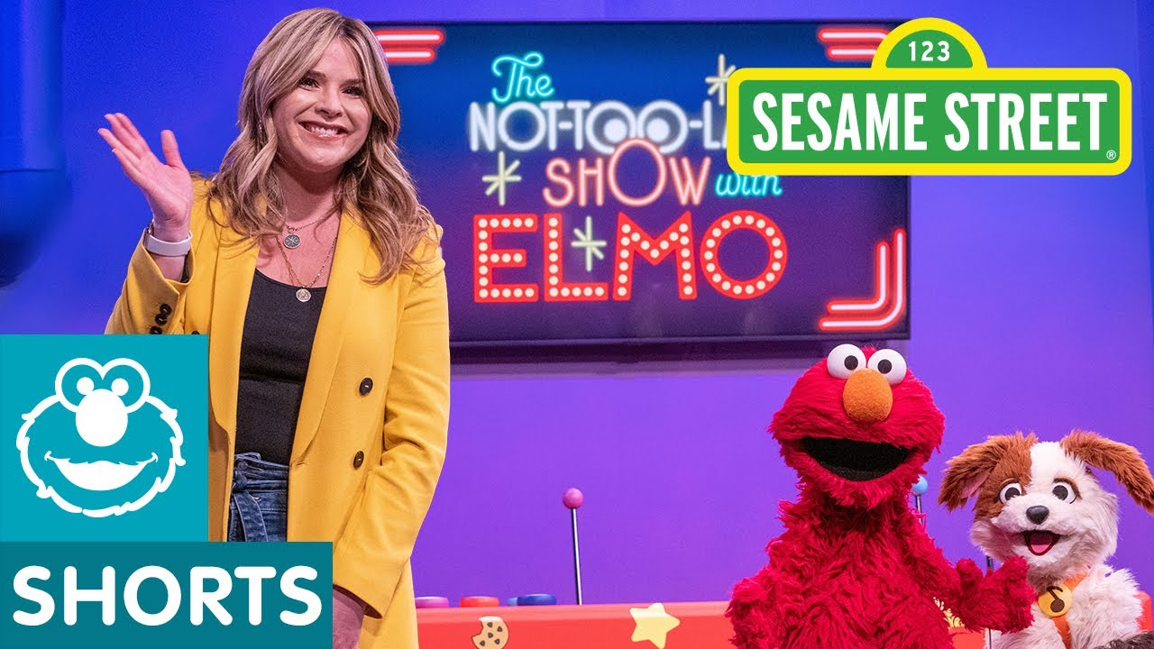 Jenna Bush Hager Packs for a Trip | The Not-Too-Late-Show with Elmo
