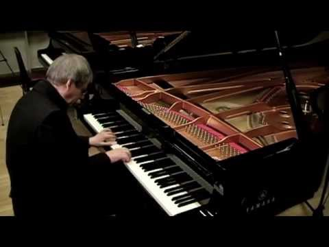 J.Haydn:Sonata D major Hob XVI 37 Part 1/2 (Video 1/2)