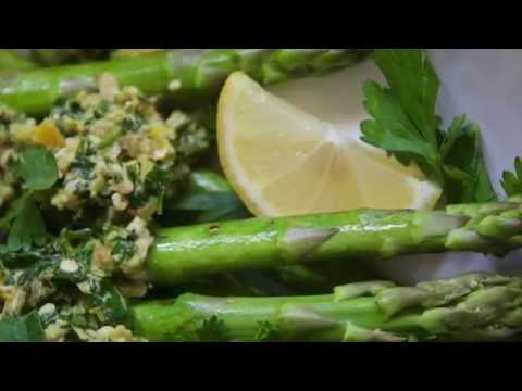 GRILLED ASPARAGUS WITH GREMOLATA TOPPING