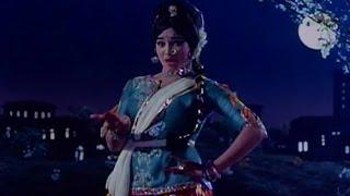 Dheere Dheere Bol Koi Sun Lega (Video Song) - Ram Aur Shyam